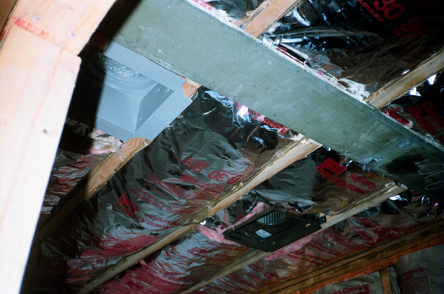 r13 insulation in walls and r30 insulation in ceiling photo 04